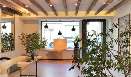 "A louer Joli Local Commercial ""Design"" - BRINDAS CENTRE"